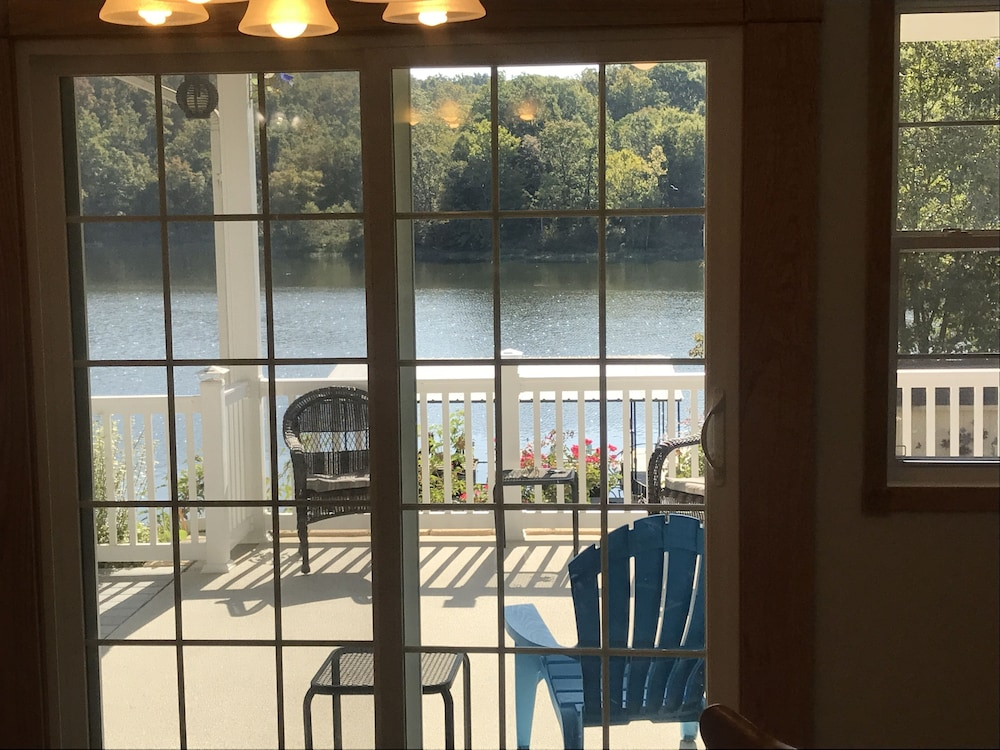 Private Kitchen, Try a NEW View! Scenery Make Memoriesfish Sun Room Fire Pit Kayak Peace