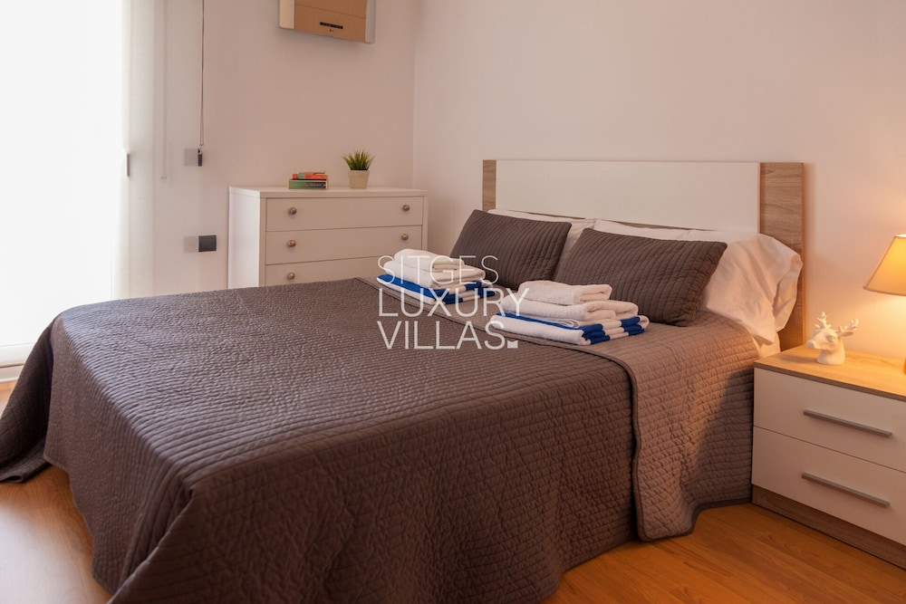 Room, Villa Carmen Heated Pool, 5 Min. Sitges