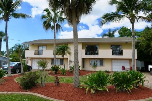 Tropical Garden Home ! Close to Sanibel Island !