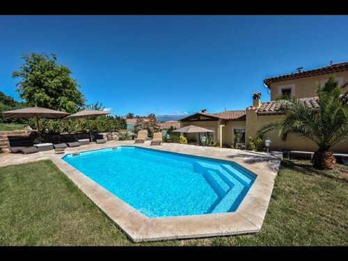 Promo! Nice and Very Nice House in a Quiet 7 mm. From Mandelieu la Napoule