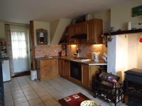 Pet Friendly 3 bed House on Edge of Typical French Mediaeval Town in Le Creuse