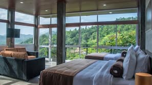 2 bedrooms, premium bedding, pillowtop beds, soundproofing