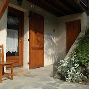 Les Orres, Foot of the Slopes, in Chalet, Rental of Charm for 4 People