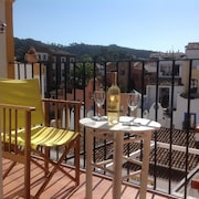 Benahavis Village Centre one bed Apartment With Views, Golf, Walking, Gastronomy