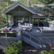 Modern Home - Best Deck in Eagle-vail! Perfect For 2 Families