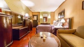 1 bedroom, minibar, desk, blackout drapes