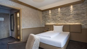 In-room safe, blackout curtains, soundproofing, rollaway beds
