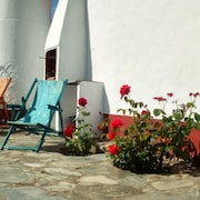 House With one Bedroom in Odemira, With Wonderful Mountain View, Pool Access and Enclosed Garden - 15 km From the Beach