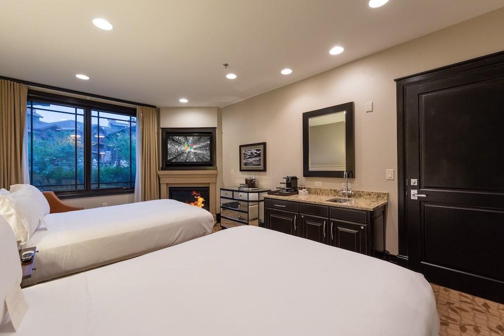 Luxury 5 Star Hotel Room 1 Br Condo In Park City Hotel