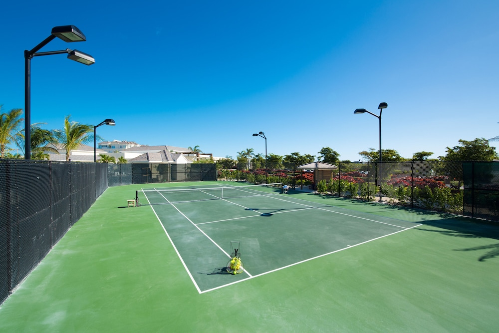 Tennis Court, The Villas at the Shore Club