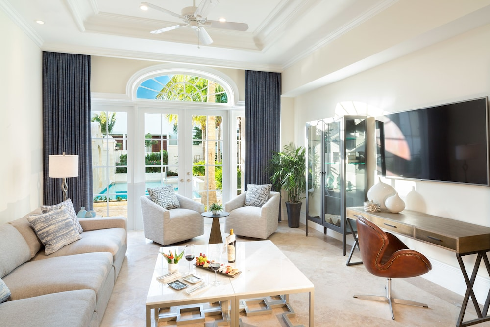 Living Room, The Villas at the Shore Club