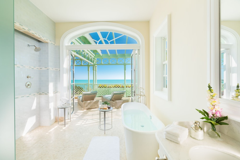 Bathroom, The Villas at the Shore Club