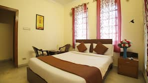 1 bedroom, in-room safe, bed sheets, wheelchair access