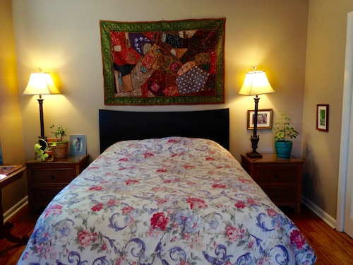 Great Place to stay Monthly, Lovely Studio, Safe & Quiet, Close to New Orleans, Many Hospitals near Metairie