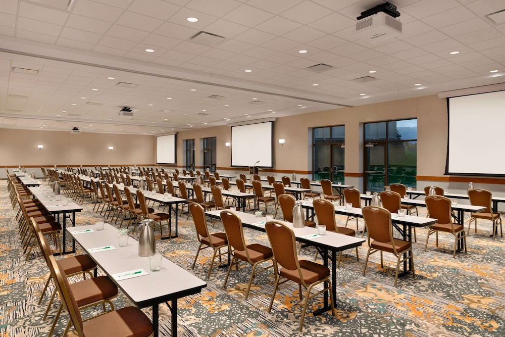 Meeting Facility, Wyndham Garden State College
