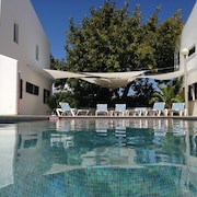 House With 3 Bedrooms in Carvoeiro, With Pool Access, Furnished Garden and Wifi - 650 m From the Beach