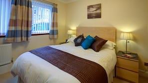 1 多间卧室、埃及棉床单、高档床上用品、熨斗/熨衣板