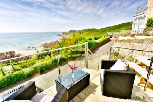 Woolacombe Admirals Lodge 6 Bedrooms