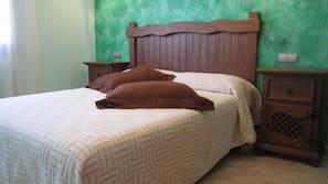 2 dormitorios, camas supletorias (de pago), wifi gratis y ropa de cama