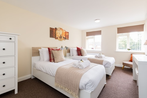 Stayford Apartments - Meriden - Near NEC