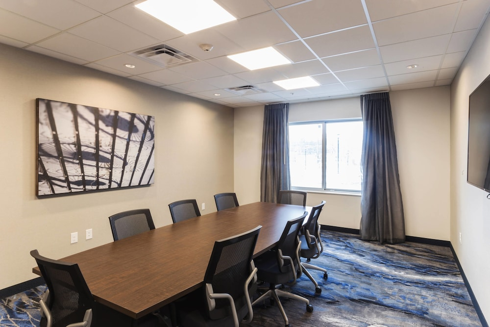 Meeting Facility, Fairfield Inn and Suites by Marriott Northfield