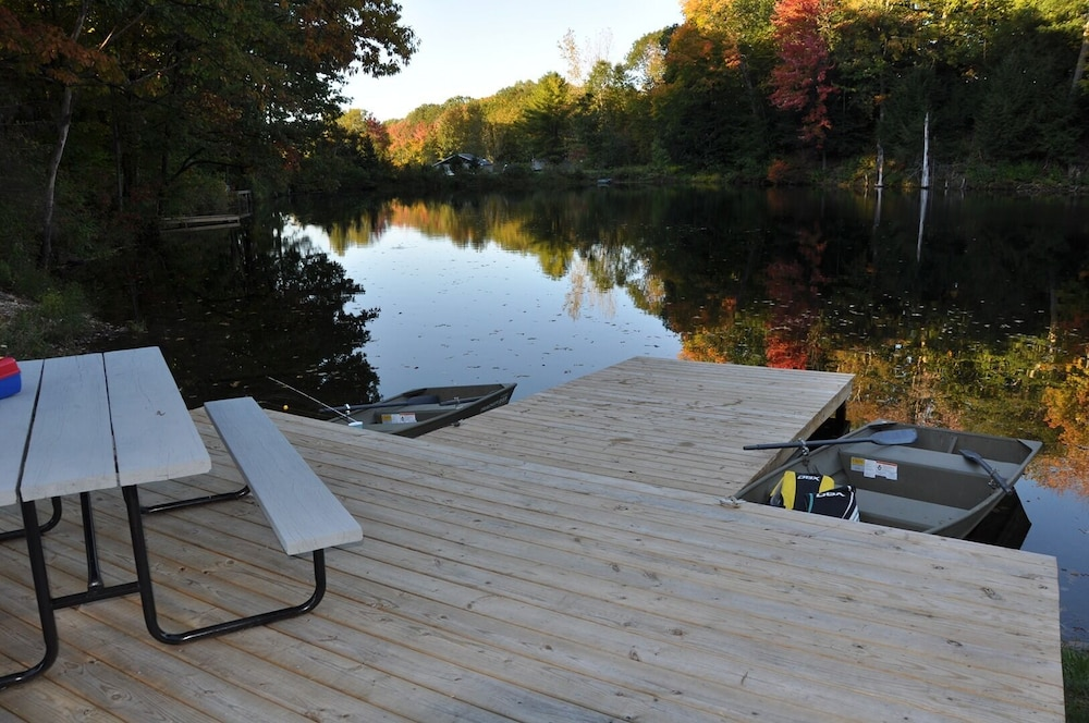 , Relax & Recharge!swim, Fish, Boat on Autumn Lake's Cove, Salmon River 3mins Away