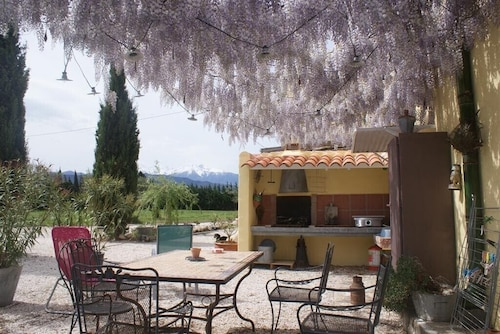 Rural Cottage, Catalan Farmhouse From the 19th Century, in the Heart Roussillon