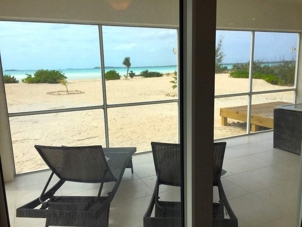 Beachfront Luxury Villa Non Windy Caribbean Side Long Island Bahamas In Salt Pond Hotel Rates Reviews On Orbitz