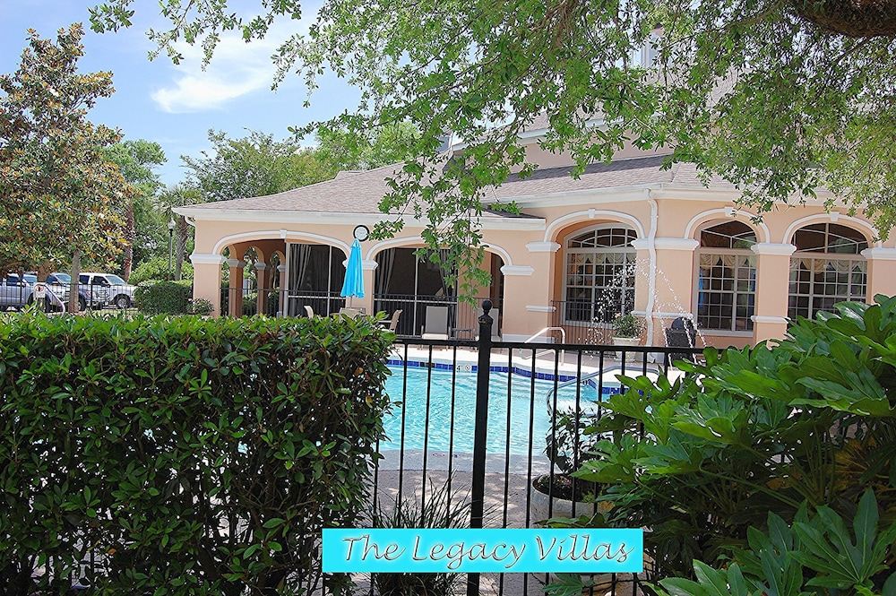Pool Side Villa Open For Bookings Beaches Open In Biloxi Hotel