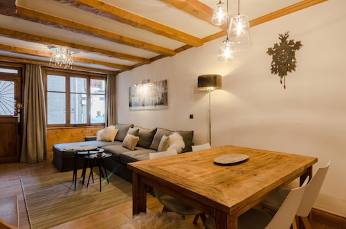 A Fantastic Refurbished Apartment