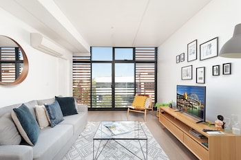 Newtown's Best Designer Apartment H395