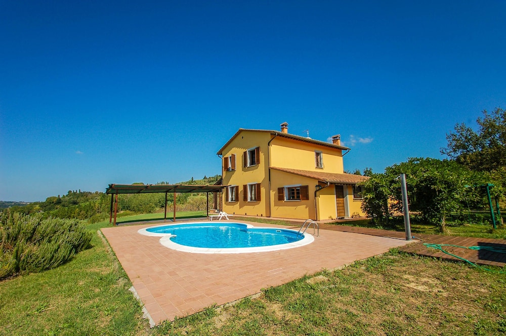 Detached House With Private Pool, air Conditioning & Wi-fi 35km From ...