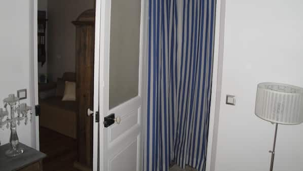 2 間臥室