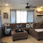 Haleiwa Rental Close to the Beach and Historic Haleiwa Town!