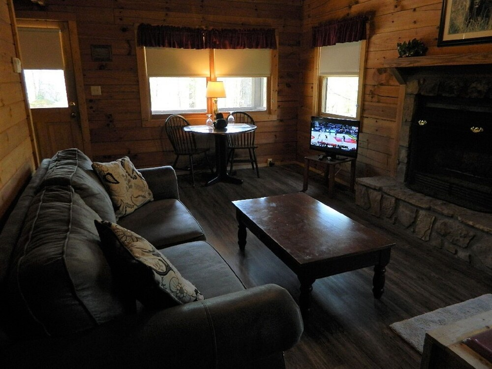 Living Room, Gatlinburg Log Cabin Rental For Two