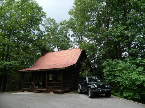 Gatlinburg Log Cabin In The Woods For Two