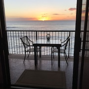 Paradise at the Hawaiian Princess Resort Oahu - Hawaii 1 Bedroom. Well Appointed