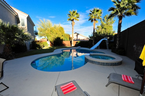 Summerlin's Finest, With Pool/spa and Basketball Court