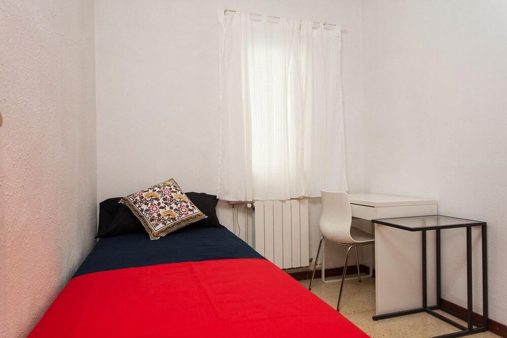 Camere Familiari Barcellona : Apartamento turístico mallorca sibelius barcellona spagna