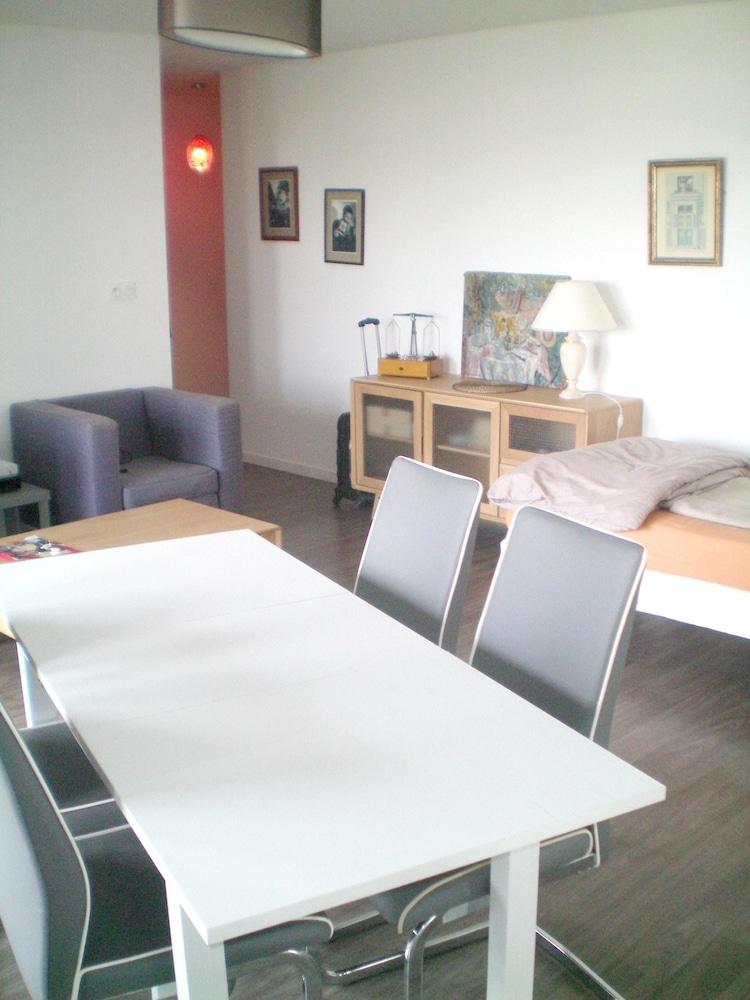 adagio hotel ivry sur seine