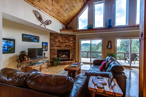 4 Bears Lodge private - 3 Br Home