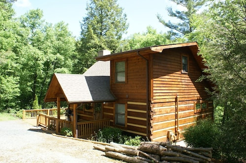 Fox Den At Blowing Rock 3 Bedroom Cabin