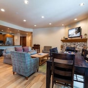 Strawberry Park-Beaver Creek - Superior Condominium Ski-in/Ski-Out