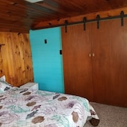 Pearl Beach Quarters 5 Bedrooms 1 Bathroom Cottage
