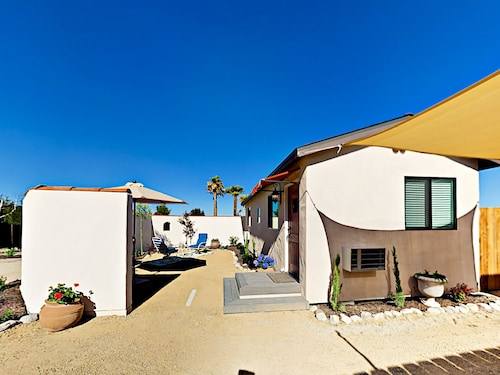 Great Place to stay 30 Dandelion Lane Casita Home 1 Bedroom 1 Bathroom Home near Templeton
