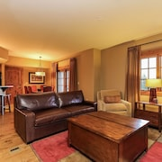 Lodge 301 - Two Bedroom Condo