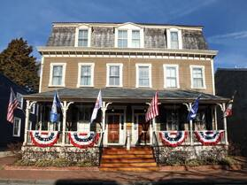 Flag House Inn