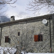 Chalet With 3 Bedrooms in Saint-andré, With Wonderful Mountain View, Furnished Garden and Wifi - 8 km From the Slopes