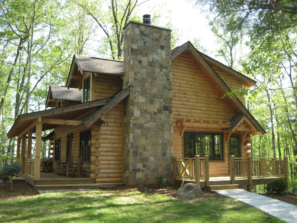 Luxury Log Cabin With Spa Bathroom Hot Tub Fire Pit Wifi