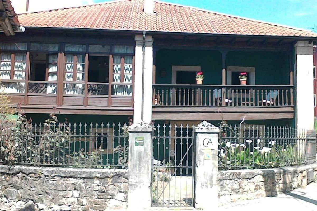 Casa Florentina In Cabrales Spain Expedia